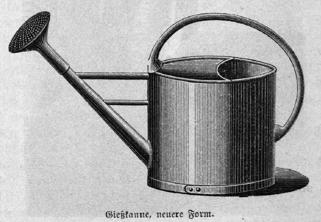 Das Bild zeigt eine alte Gießkanne aus Metall.